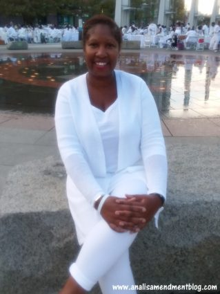 Me dressed in all white for Dîner en Blanc Boston